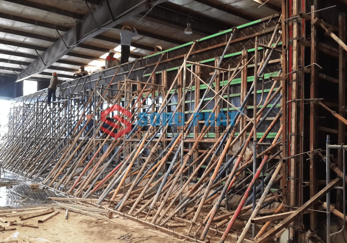 Lắp dựng nhà xưởng