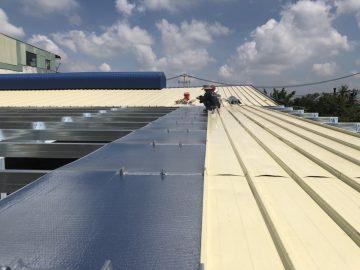 Giải pháp chống nóng mái tôn nhà xưởng hiệu quả